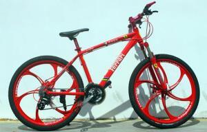 Велосипед на литых дисках Ferrari СX 50