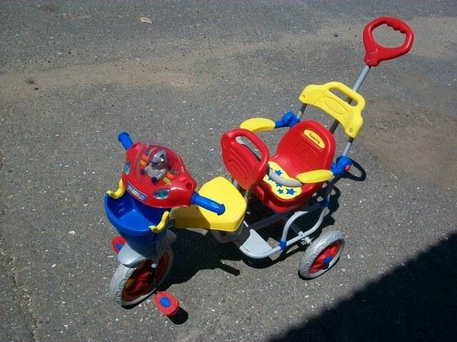 велосипед для двоих детей с ручкой