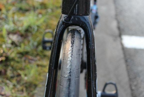 Широкие шины на шоссейных велосипедах