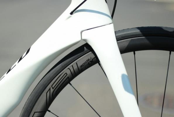 дисковые тормоза шоссейного велосипеда