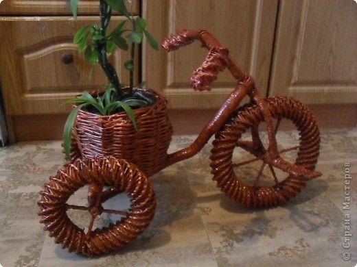 Велосипед газетный.Часть 3.Красим Страна Мастеров плетение Постила