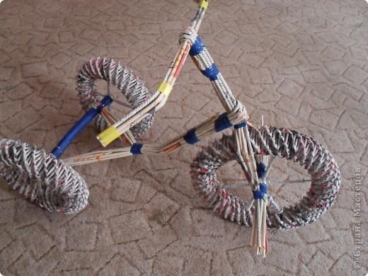 Мастер класс велосипед из газетных трубочек