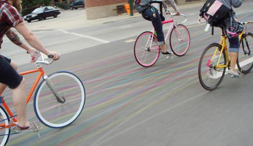 велосипедный инверсионный след из мела